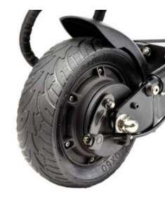 Neumático trasero sólido...